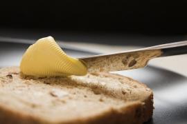 Ce se intampla daca mananci sandvisuri cu margarina! Schimbarile se vad imediat!