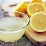Stoarce o lamaie si amestec-o cu 1 lingura de ulei de masline. Cum te ajuta acest remediu spectaculos