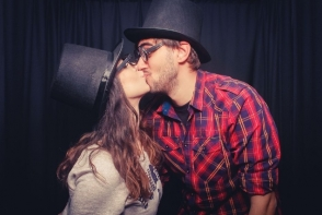 De ce e important sa va sarutati cat mai des