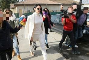 Andreea Marin a divortat si este, oficial, o femeie libera! Uite cat de sexy s-a imbracat la Judecatorie - FOTO
