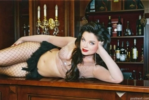O recunosti? Cum arata Natasha Koroliova fara strop de machiaj! Pozele cu care artista si-a pus pe jar fanii - FOTO