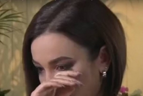 Olga Buzova a izbucnit in lacrimi si nu s-a mai putut opri din plans la o emisiune! Pentru prima data a vorbit despre divort: