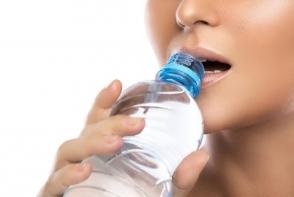 Apa este izvorul vietii! 4 lucruri importante despre apa pe care ar trebui sa le stii - FOTO