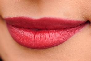 8 remedii naturale care estompeaza ridurile de pe buze si din jurul lor. Care sunt acestea - FOTO