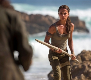 Primele imagini oficiale cu actrita care vrea sa o faca uitata pe Angelina Jolie. Cum arata noua Lara Croft