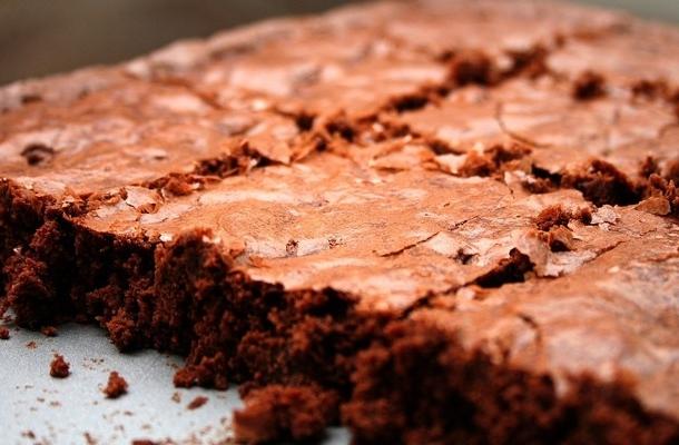 Cea mai simpla prajitura cu ciocolata! Are doar 100 de calorii