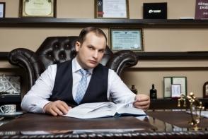 Valerian Minzat se intoarce la munca! Avocatul este eliberat din arest si revine la casa de avocatura
