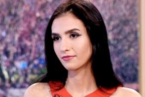 Romanca sexy care si-a vandut virginitatea pentru 2,3 milioane de euro s-a casatorit! Cine este vedeta - FOTO