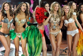 """Ingerii"" de la Victoria's Secret si-au facut de cap! Vezi cum s-au distrat in acest weekend - FOTO"
