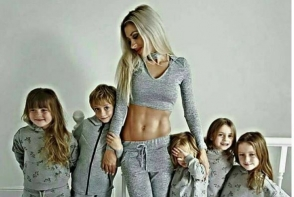 Ea este cea mai sexy mama din lume! A nascut 5 copii in 6 ani si arata incredibil - FOTO