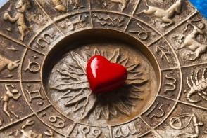 Horoscopul lunii mai 2017. Gemenii au parte de o luna plina de iubire, iar Fecioarele isi doresc mari schimbari in viata