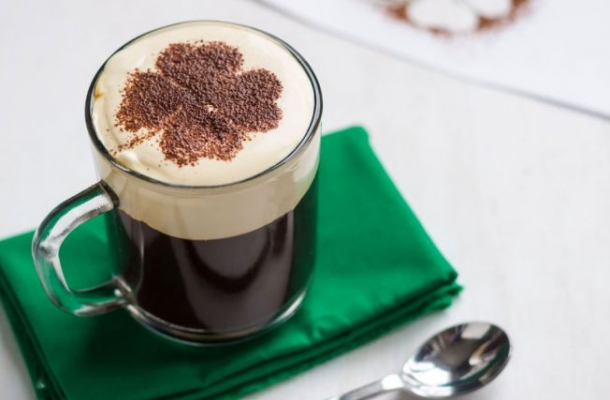 Cum sa prepari Irish Coffee acasa! Cafeaua delicioasa pe care o vei adora
