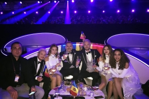 Au facut show si toata lumea a dansat! Uite cat de bine au evoluat Sunstroke Project in prima semifinala Eurovision - VIDEO