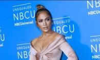 J.Lo, intr-o rochie demna de o adevarata diva. Iata tinuta cu care a atras atentia tuturor - FOTO