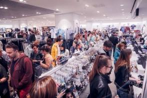 Preturi mici si premii pe masura la cea mai tare petrecere a primaverii la Shopping MallDova - Night Shopping Party