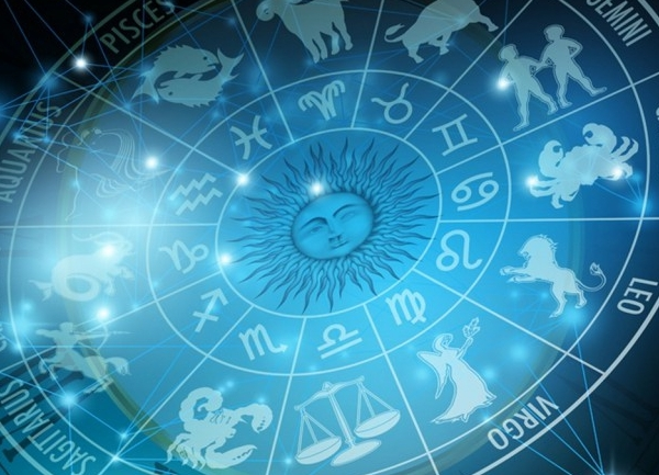 Horoscopul lunii iunie 2017. Berbecii au parte de multa aventura, iar Racii sunt pusi pe schimbari majore