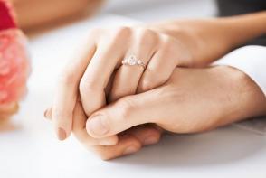 A fost desemnat cel mai popular inel de logodna al momentului. Cum arata bijuteria care le-a cucerit pe femei in 2017 - FOTO