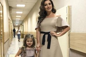 Margarita Shor s-a apucat de cantat. Jasmin isi promoveaza fiica in show bizz - FOTO