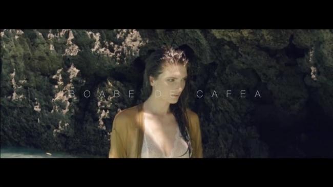 """Adrian Ursu a publicat teaser-ul productiei """"Boabe de Cafea"""". Sotia interpretului apare goala in videoclip - VIDEO"""