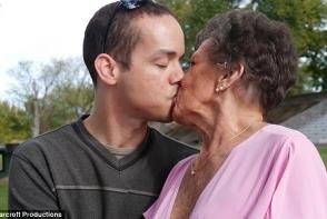 La 80 de ani se lauda cu peste 1000 de barbati. Ultima ei cucerire te lasa fara cuvinte - FOTO