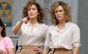 Nu vi se pare! E J.Lo in doua exemplare! Vedeta si dublurile de pe platourile de filmare - FOTO