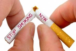 Experimentul care te va alarma. Ce se intampla cu dantura ta atunci cand fumezi 30 de zile la rand - FOTO