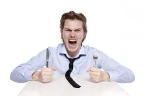 Durerile de cap si foamea constanta iti creeaza un mare disconfort. Iata care este motivul real al acestora - FOTO