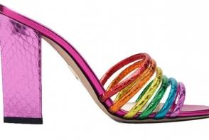 Produse fashion cu curcubeu, lansate in luna LGBTQ