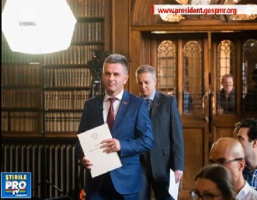 Dupa ce liderul de la Tiraspol a avut o intrevedere cu un functionar de la ministerul de Externe al Marii Britanii, autoritatile de la Chisinau spun ca vor cere explicatii Londrei despre intalnire