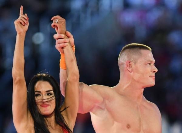 Iubita lui John Cena, aparitie super sexy! Rochia a lasat multa piele la vedere - FOTO
