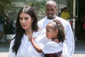 Kim Kardashian i-a cumparat fiicei sale un cadou de peste 2000 de dolari. Micuta North este in culmea fericirii - FOTO