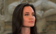 Angelina Jolie arata mai bine ca niciodata. Actrita a fost ravasitoare in Kenya - FOTO