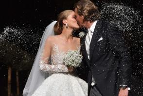 Nunta luxoasa in imperiul Swarovski. Mostenitoarea a purtat o rochie de 46 kg incrustata cu 500 mii de cristale - FOTO