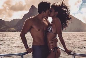 Visezi la un sarut pasional? Iata cu ce zodie ar trebui sa te saruti ca sa simti maxima placere