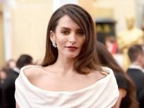 Ea le poate detrona pe cele mai sexy actrite de telenovele. Aparitiile impecabile ale lui Genesis Rodriguez - FOTO