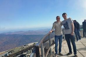 El este tanarul american care deja de noua ani angajeaza la munca studenti moldoveni! Iata ce spune despre tinerii de la noi - FOTO
