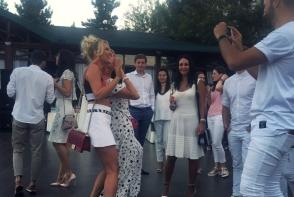 Invazie de alb, la Perfect White Party! Iata primele poze de la eveniment - FOTO