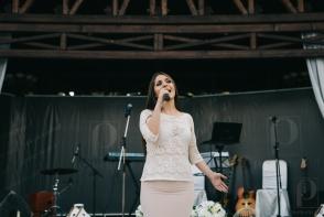 Elena Javelea a interpretat o piesa emotionanta din repertoriul Anastasiei Lazariuc. Vezi cum a cantat