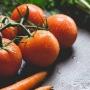 Spala fructele si legumele cu otet sau suc de lamaie, inainte sa le consumi. Iata care ar fi motivul