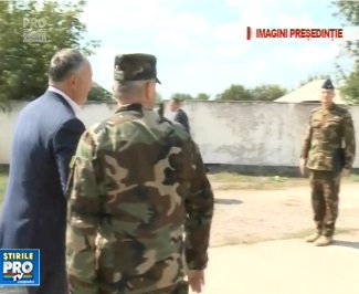 Igor Dodon da asigurari ca nu avem trupe militare straine in tara. Presedintele a fost astazi la baza militara de la Marculesti - VIDEO