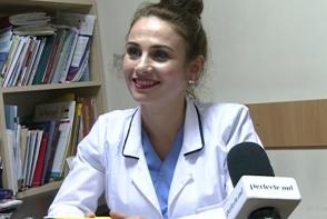 Au sau nu voie bebelusii sa se bronzeze. Sfatul medicului de familie, Cristina Ciocoi - VIDEO