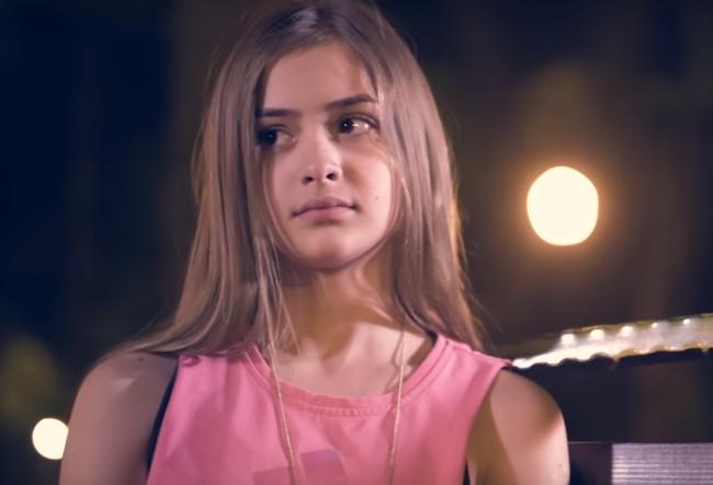 Iuliana Beregoi este protagonista primului serial pentru copii din Romania. Afla ce rol joaca talentata adolescneta - VIDEO