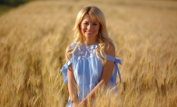 Natalia Gordienko, o graviduta sexy! Vezi cat de bine arata cu burtica, in rochie mulata si pe tocuri - FOTO