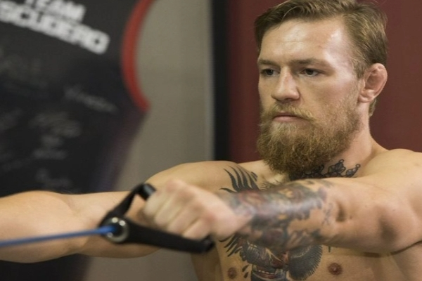 Este confundat cu starul din UFC, Conor McGregor si viseaza la centura de campion. Sportivul Dmitrii Sirbu este pregatit pentru un nou test: va da piept cu un ucrainean - VIDEO