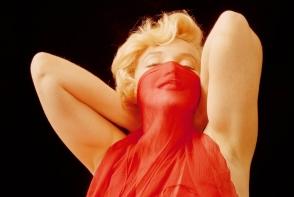 12 imagini rare cu Marilyn Monroe in ipostaze nud. Sunt scoase la licitatie contra unei sume considerabile - FOTO