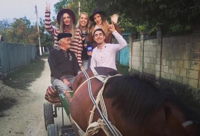 Andrei Nistreanu si-a invitat colegele la o plimbare mai deosebita. Iata cat de entuziasmate au fost fetele - VIDEO