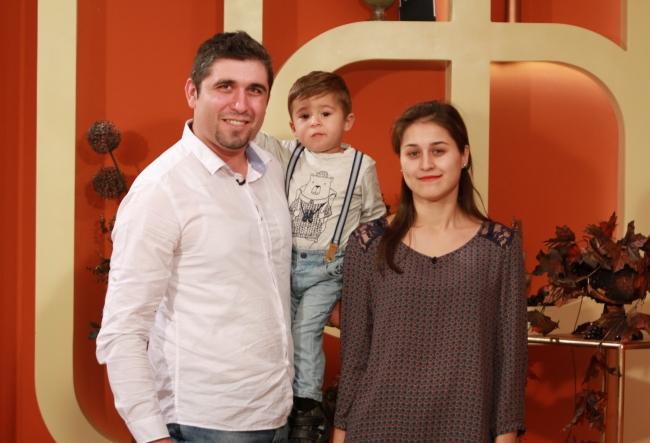 Petru si Valentina Cliofos au acceptat o provocare inedita. Vezi cat de bine se cunosc, dupa trei ani de relatie - VIDEO