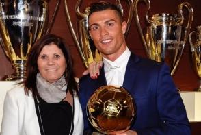 El este unul dintre cei mai indragiti fotbalisti din lume, dar ea este o prezenta discreta. Cum arata sora lui Ronaldo - FOTO