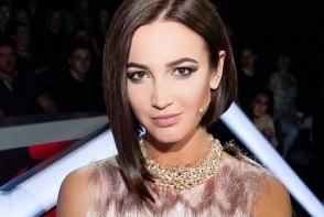 Olga Buzova are un nou iubit? Aceasta a fost surprinsa in tandreturi cu un participant al show-ului DOM 2 - VIDEO