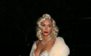 Kim Kardashian, parada de costume sexy. Vedeta a trecut prin cele mai mari transformari pentru a sarbatori Halloween-ul - FOTO